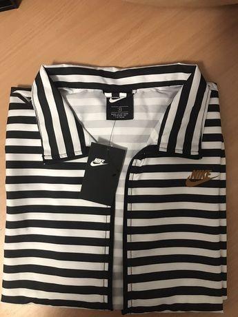 Женская куртка Nike woven