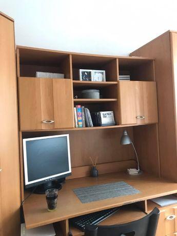 Meblościanka - dwie szafy, biurko i komoda za darmo! Tylko do środy