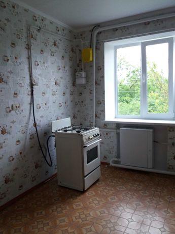 Продається трикімнатна квартира