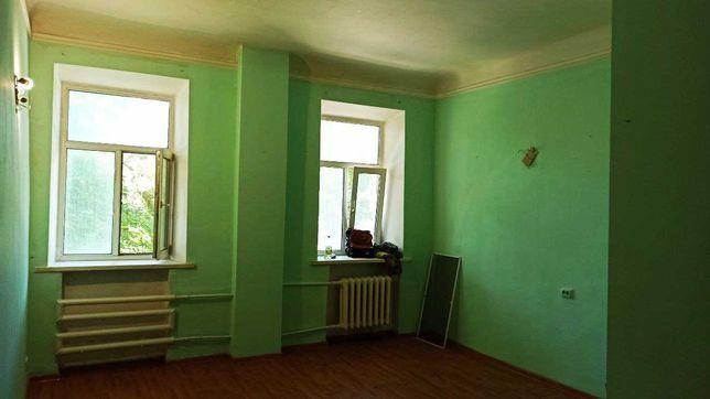 Продаётся комната-студия