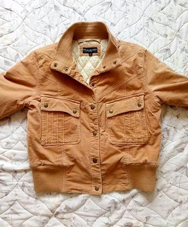 Женская куртка (состяние новой)