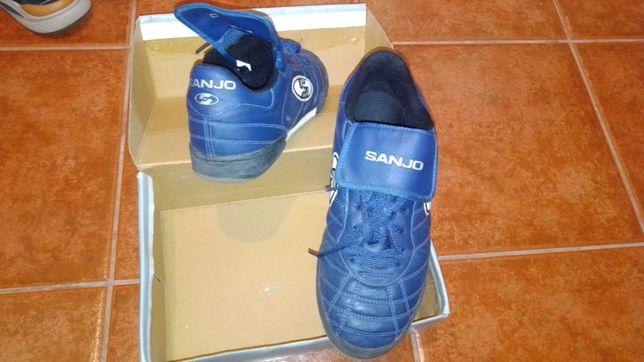 Tênis futsal Sanjo