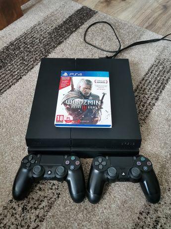 Sprzedam konsolę PS4 500gb. Stan oceniam na bardzo wysokim poziomie