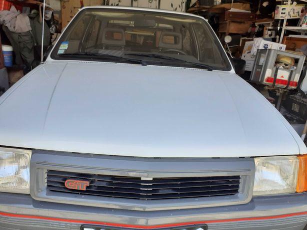 Opel Corsa GT de 1990, 2 portas