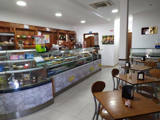 Cedência de negócio pastelaria