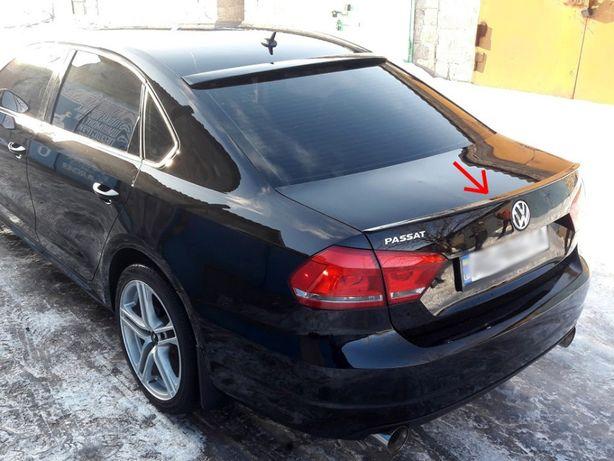Спойлер,сабля,козырек на стекло Volkswagen Passat B7 Пассат Б7