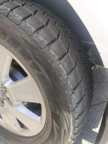 Диски Audi Q7 5 130 r18 c резиной Blizak 275 60 r18