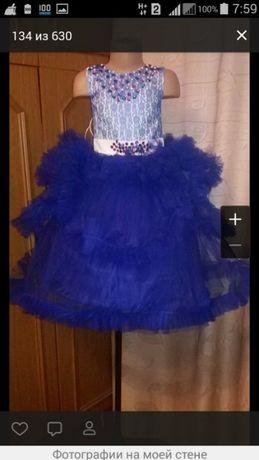 Продам новое платье на 4-5 лет
