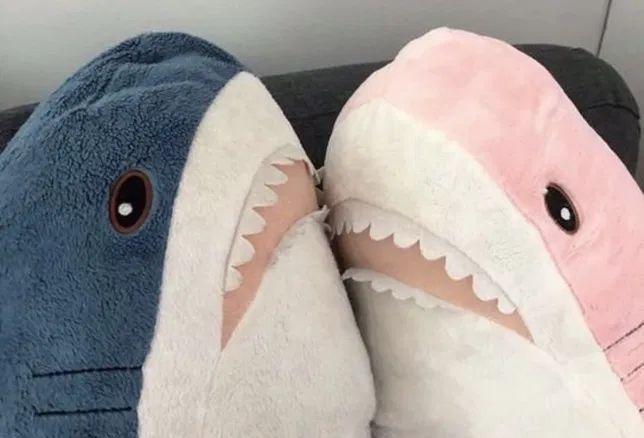 Розовая и Синяя акула с магазина ИКЕА/IKEA БЛОХЭЙ мягкая игрушка