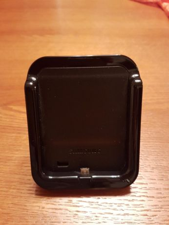 Samsung Galaxy SII Desktop Dock: carregador, coluna, speaker line out