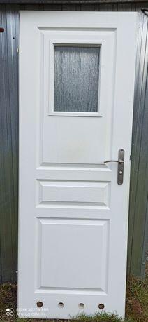Drzwi wewnętrzne do łazienki, 70tki prawe, używane.