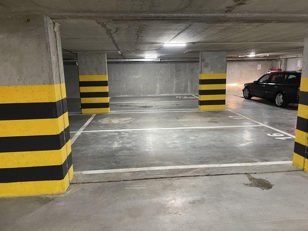Moejsce parkingowe w hali garażowej PCK 5, centrum