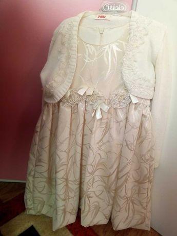 Продам платье для девочки 4-6леті