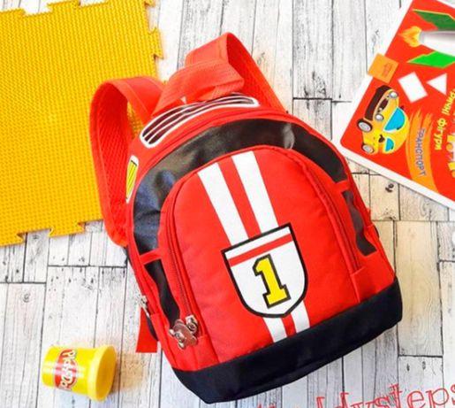 Стильный и необычный рюкзак для маленького модника