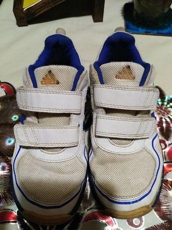 Продам кроссовки