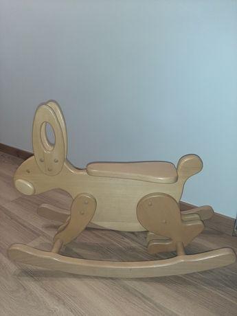 Drewniany bujak królik