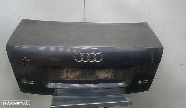 Tampa Da Mala Audi A4 (8E2, B6)