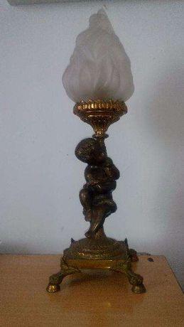 Бронзовый светильник для камина