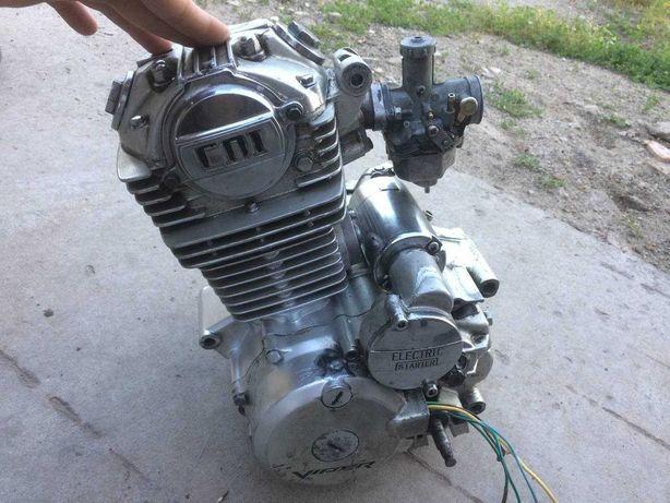 Двигатель на мотоциклы 150сс