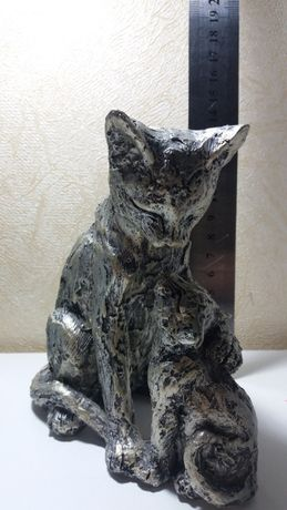 Продам статуетку кошка с котенком shudehill