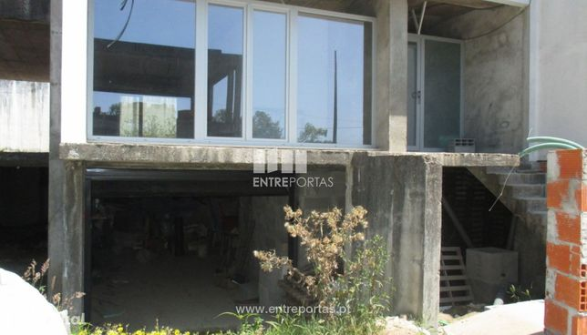 Venda de moradia V3 em fase de construção, Areosa, Viana do Castelo