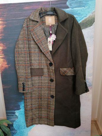 Дизайнерское эффектное демисезонное пальто