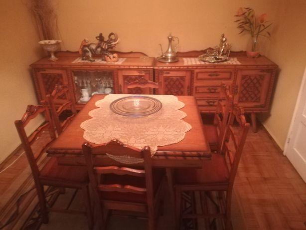 Conjunto sala de jantar antigo