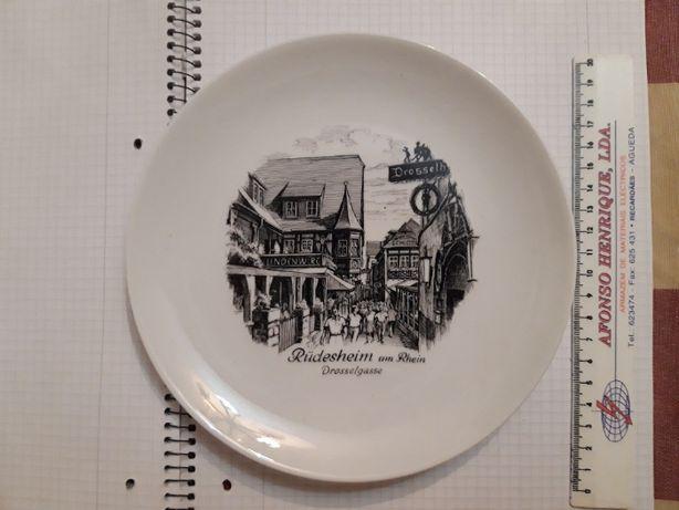 Prato decorativo Alemão Porcelana Kaiser
