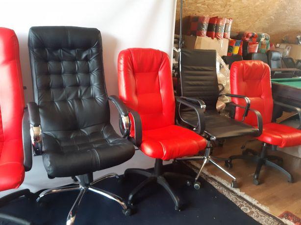 Продам компьютерные офисные кресла, как новые