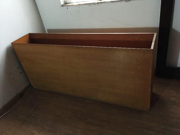 Floreira em madeira (interior casa) - para despachar
