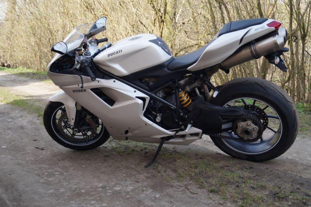 Ducati 1198 rok 2010r 19829km zamiana Nysa vw multivan klasyk auto