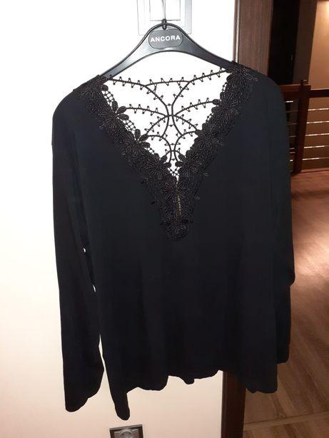 czarna bluzka z suwakiem 48