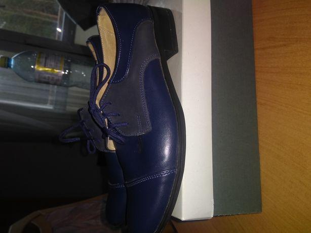 Buty garniturowe chłopięce