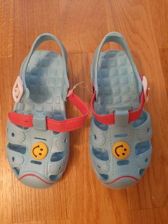 Взуття сандалі обувь детская