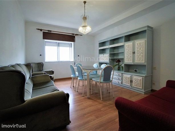 Apartamento T3, para venda, localizado no centro da vila ...