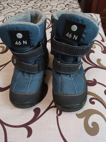 Продам демисезонні чобітки J-Tex для хлопчика