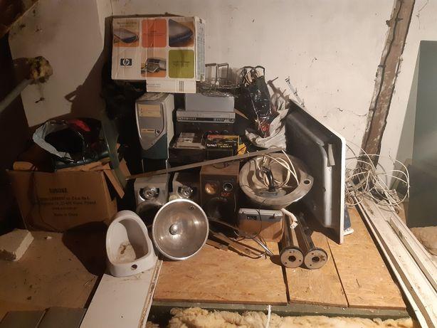 Elektronika,głośniki,kable,komputery,zlewy itp.