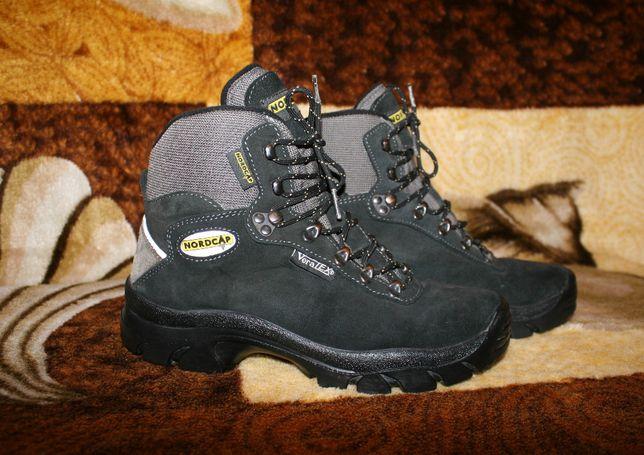 Ботинки кожаные кроссовки оригинал Nordcap 41 р есть мембрана ,Italy