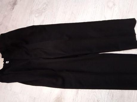 Spodnie czarne garniturowe F&F rozmiar 7/8 lat