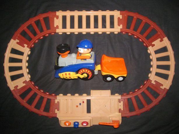 Паровоз и машинка Tolo (железная дорога) и конструктор Lego на вес