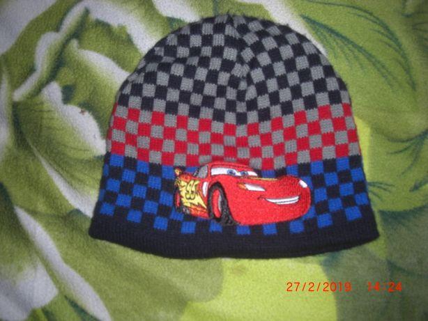 фирменная шапка Disney
