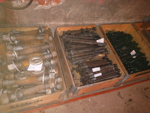 Śruby śruba gwint metryczny szpilka szpilki 10,9 8,8 duże rozmiary kpl