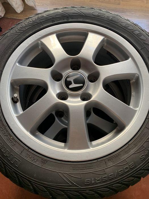 Оригинальные диски 5×114.3 R16 Honda Accord с резиной GoodYear Киев - изображение 1