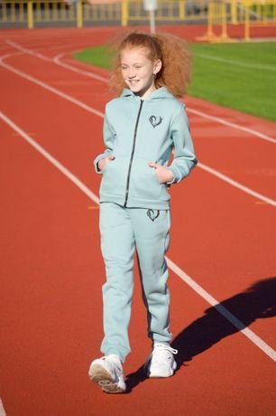 Спортивный теплый костюм ФЛИС для девочки р. 134, 140, 152