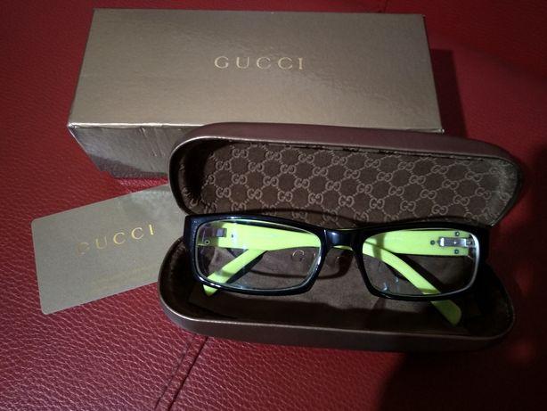 Oprawki Gucci ze szkłami
