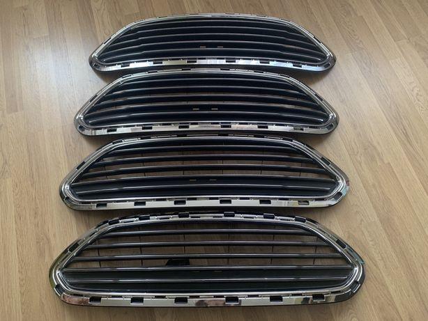 Решетка радиатора Ford Fiesta USA решітка фієста фиеста