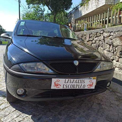Lancia Ypsilon, revisão feita, 200 000 reais