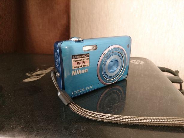 Фотоапарат цыфровой