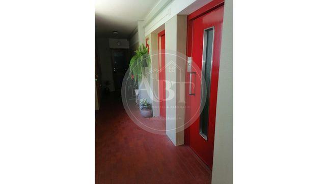 Apartamento T3 em Queluz