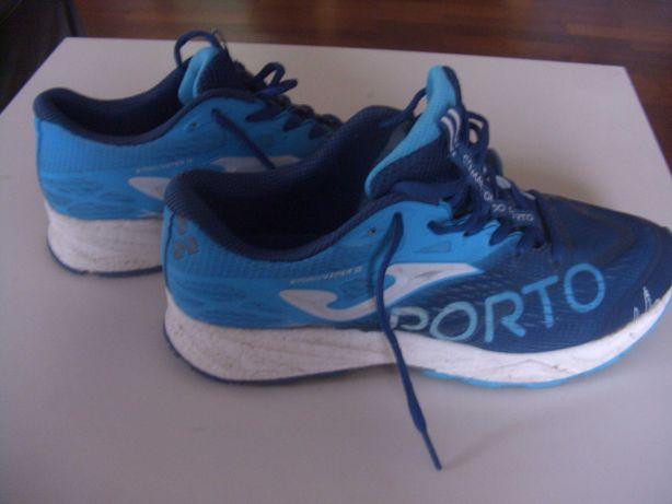 Sapatilhas maratona Porto com camisola e bolsa